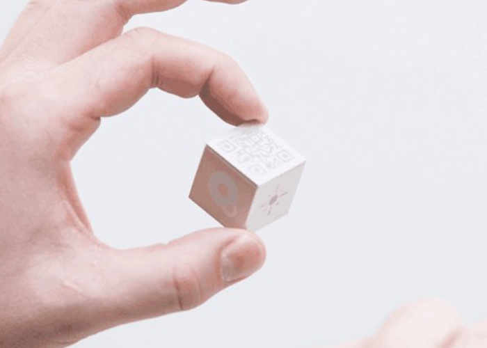 qBiq Internet Of Things Smart Cube