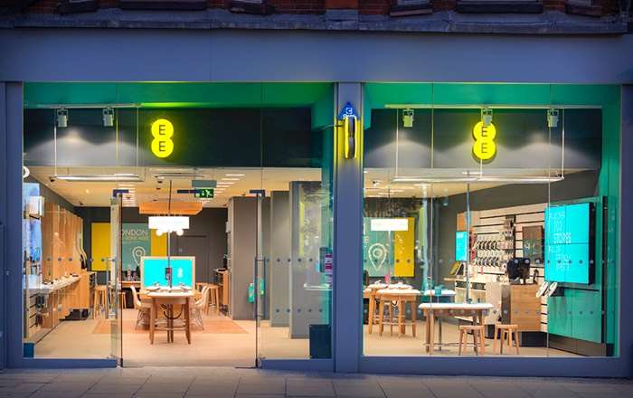 EE slapped with £2.7 million fine for overcharging 40000 customers