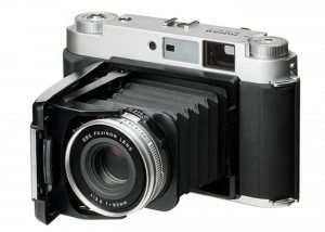 Fujifilm GF670 Rangefinder Camera Launches For $1,800
