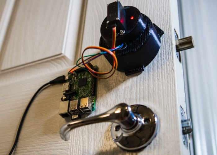 Raspberry Pi Door Lock
