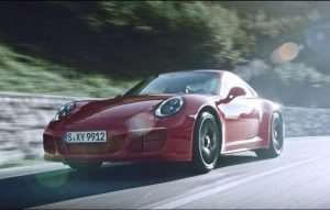 Here Is The New Porsche 911 GTS In Action (Video)