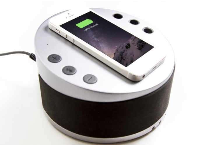 LYNQ 6-in-1 Charging Hub