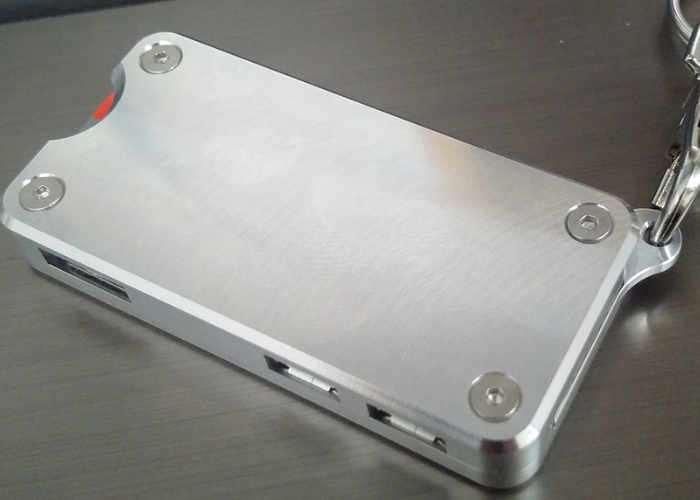 raspberry pi zero aluminium keychain case video   geeky