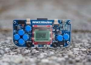MAKERbuino DIY Game Console (video)