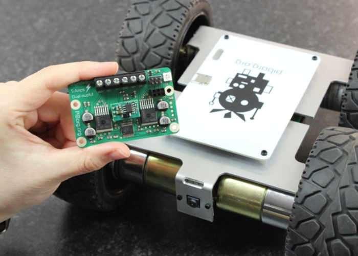 MonsterBorg Raspberry Pi Powered Robot Vehicle