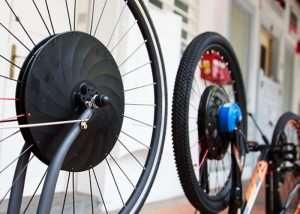 UrbanX Converts Any Bike Into An Electric Bike (video)