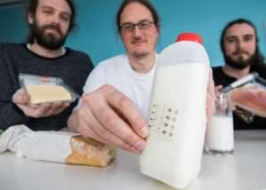 New Electronic Labels Can Tell When Your Milk Goes Off