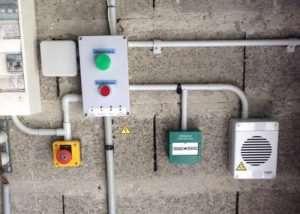 Fingerprint Garage Door Lock Powered By Arduino (video)