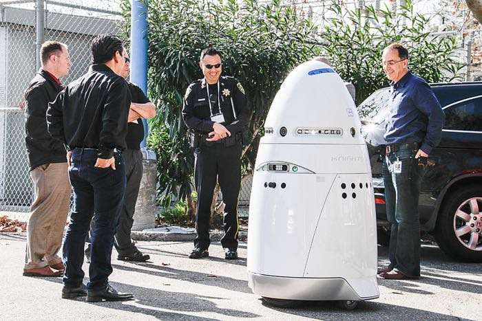 Man attacks robot and humanity will probably pay for it one day