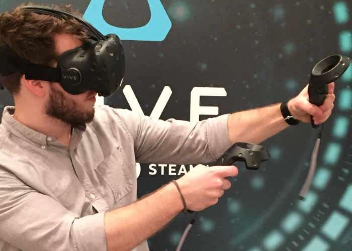 VR Wireless Multiplayer