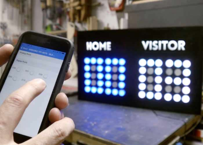 smartphone -controlled electronic scoreboard