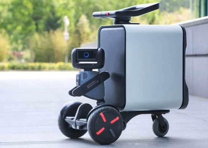 Loomo Go Delivery Robot