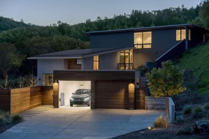 Mercedes Benz Energy