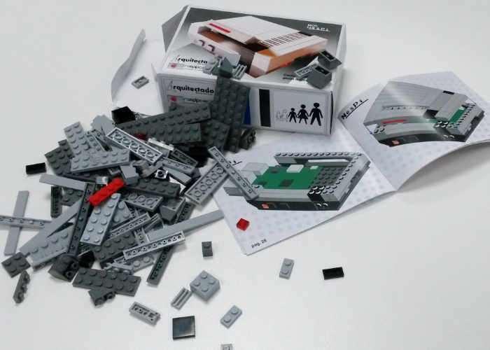 NesPi Raspberry Pi LEGO NES Case