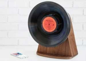 Vintage Vinyl Bluetooth Speaker (video)