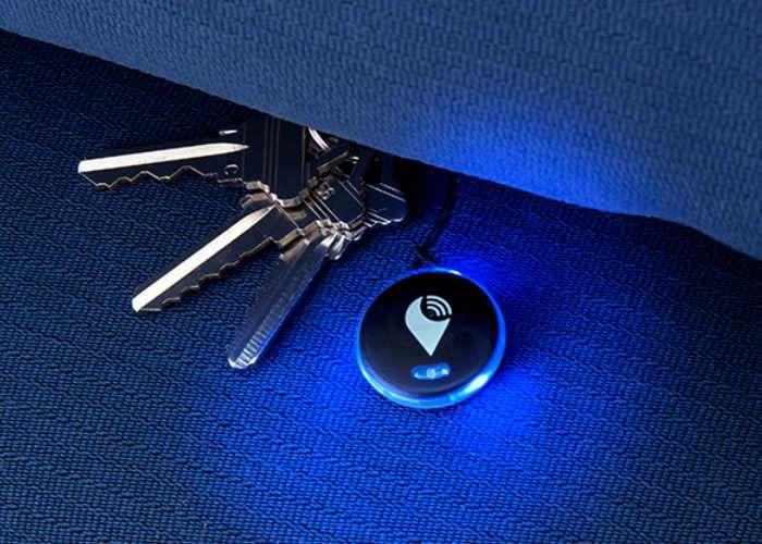 TrackR pixel Bluetooth tracker
