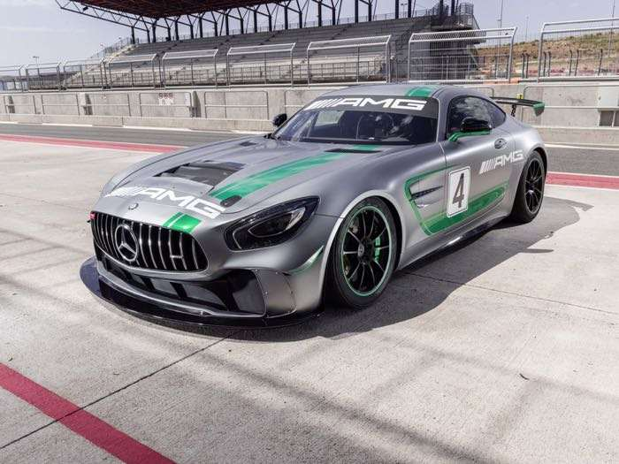 Mercedes-Benz unveils new race vehicle for entry-level GT4 series