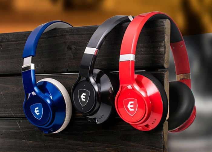 EDGE AI Enhanced Wireless Headphones