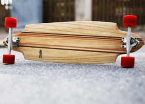 Exclusive Handmade Electric Skateboards Hit Kickstarter (video)