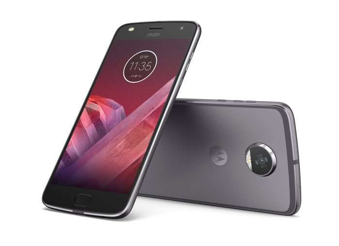 Moto X4 press renders leaked along with specs on Twitter