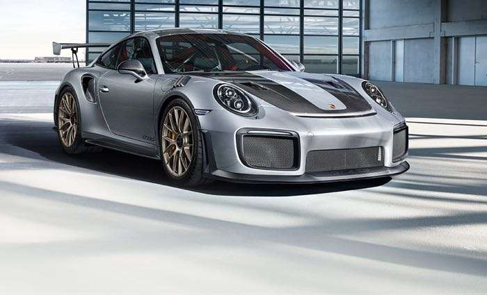 porsche 911 gt2 rs takes on the goodwood hill video. Black Bedroom Furniture Sets. Home Design Ideas