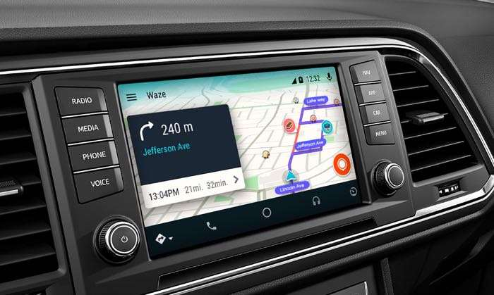 Navigation app Waze is integrating with Android Auto