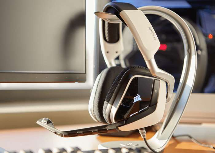 Corsair Void Pro Gaming Headsets