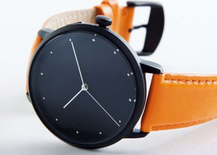 LEO Connected Smart Analogue Watch
