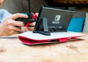 Nintendo Switch Charge And Play Anywhere Case (video)