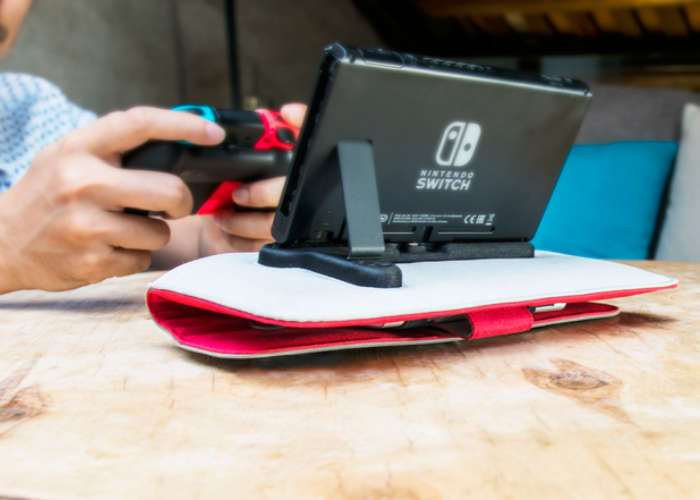 Nintendo Switch Charge And Play Anywhere Case