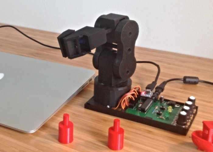 Pedro Petit Open Source 3D Printed Robotic Arm