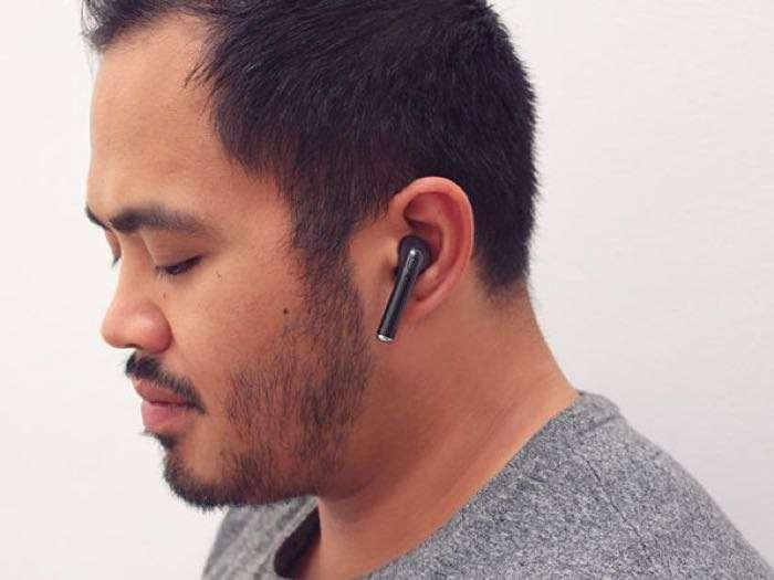 i7 Bluetooth 4.1 Completely Wireless Solo Earphone