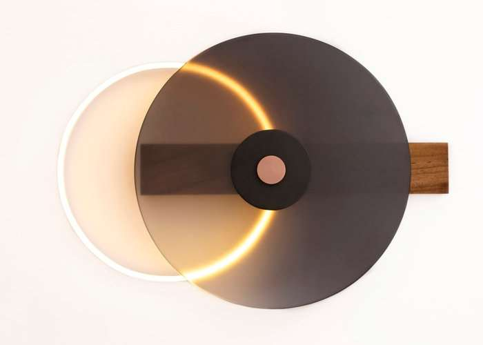 Unique Eclipse Wall Lamp