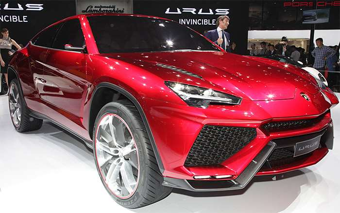 Lamborghini Urus SUV will finally debut on December 4