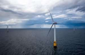 The World's First Floating Wind Farm Can Power 20,000 Homes (Video)