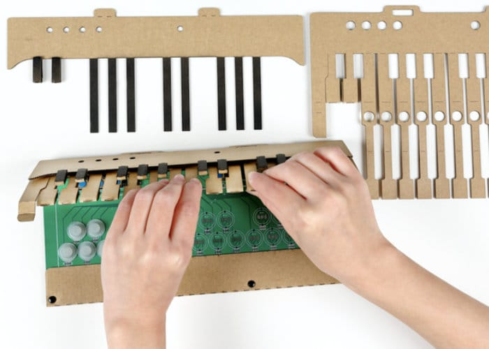 KAMI-OTO DIY Cardboard Electronic Keyboard Kit