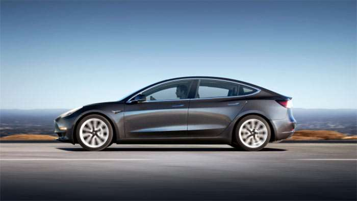 Tesla Model 3 deliveries fall short, production target delayed again