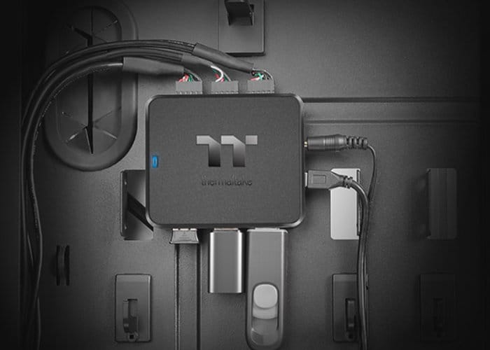 Thermaltake H200 Internal USB Hub