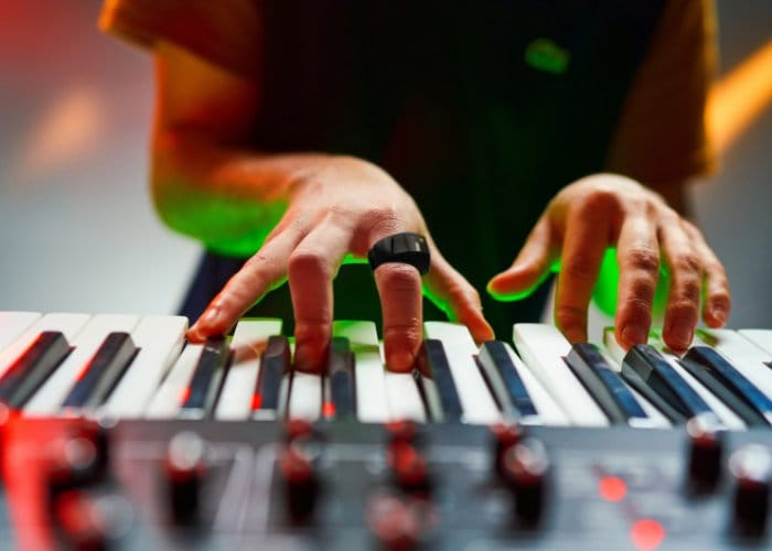 Wave Wearable MIDI Controller Ring