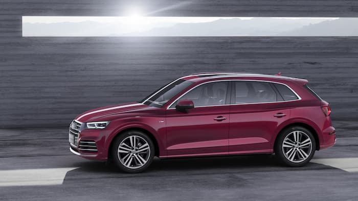 new audi q5l launched at beijing motor show geeky gadgets. Black Bedroom Furniture Sets. Home Design Ideas