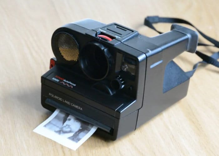 Polaroid Camera Upgraded With Thermal Printer And Raspberry Pi