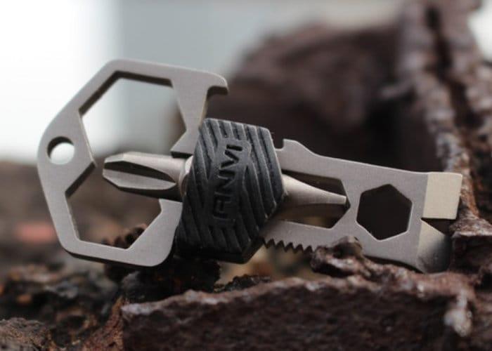 Skey Mini Titanium Pocket Multitool-1