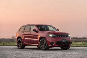 Jeep Trackhawk HPE1000 does the Quarter Mile in 10.5-seconds