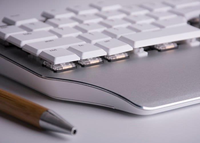 Delux Designer Desktop Shortcut Assistant