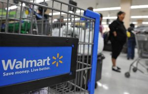 Walmart Won't Replace Cashiers With Machines