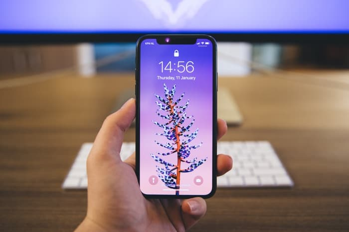 2018 iPhone X Handsets To Use Intel Modems Instead Of ...