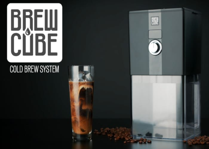 Cold coffee brewer