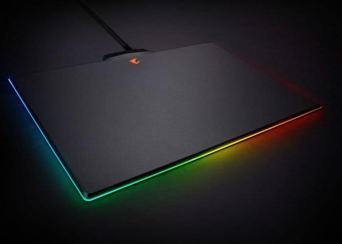 Gigabyte Aorus P7 RGB Gaming Mousepad