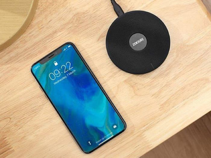 Q3 Wireless Qi Charger