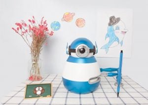 WeDraw Robot Teaches Children By Drawing
